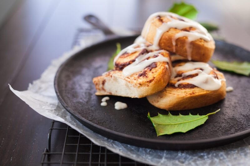 How to Cook Pillsbury Cinnamon Rolls Without an Oven?