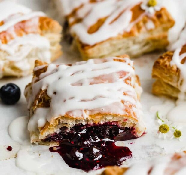Effortless cooking: How to cook toaster strudel in oven