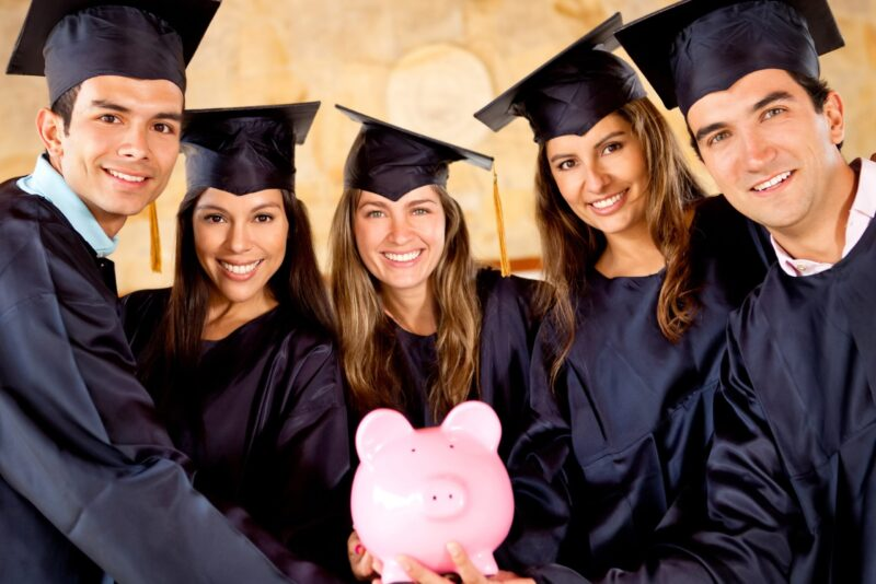 How much money should a college student have in the bank