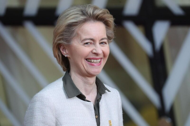 successful woman in the world 15