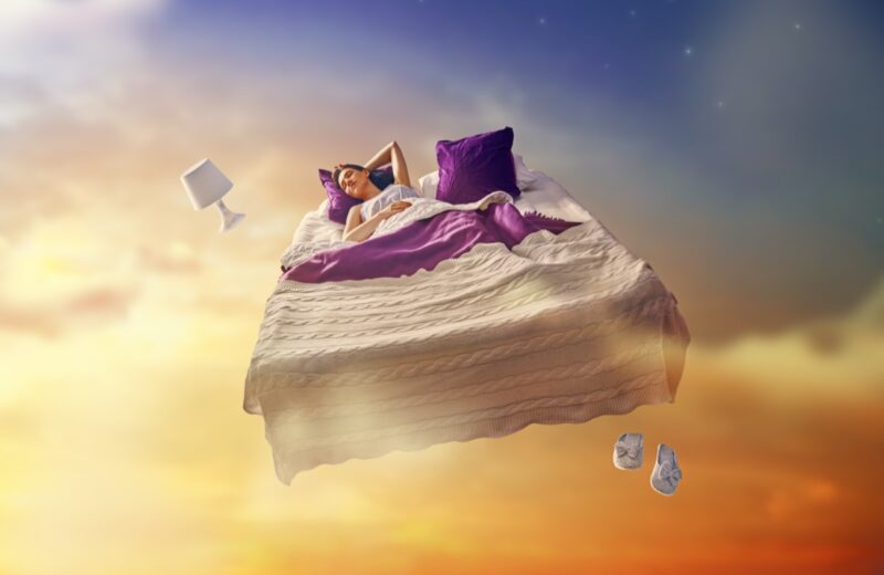 Dream looking for someone and can't find them: What does it mean?