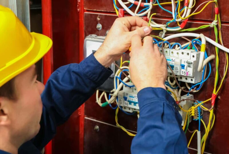 What does an Electrician do?