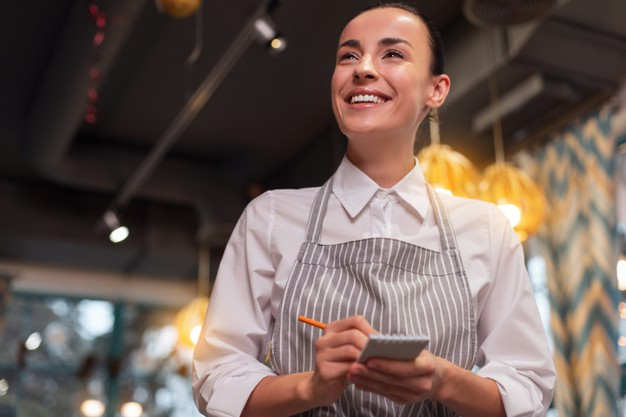 How to become a waitress?