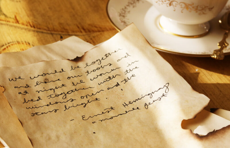 Easy DYI: How to tea stain paper in 3 different ways