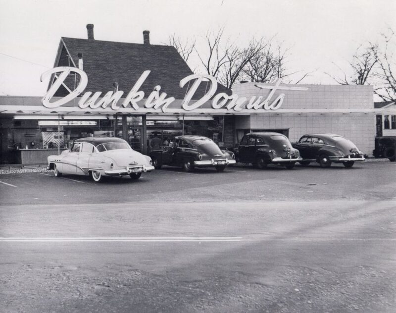 History of Dunkin Donuts
