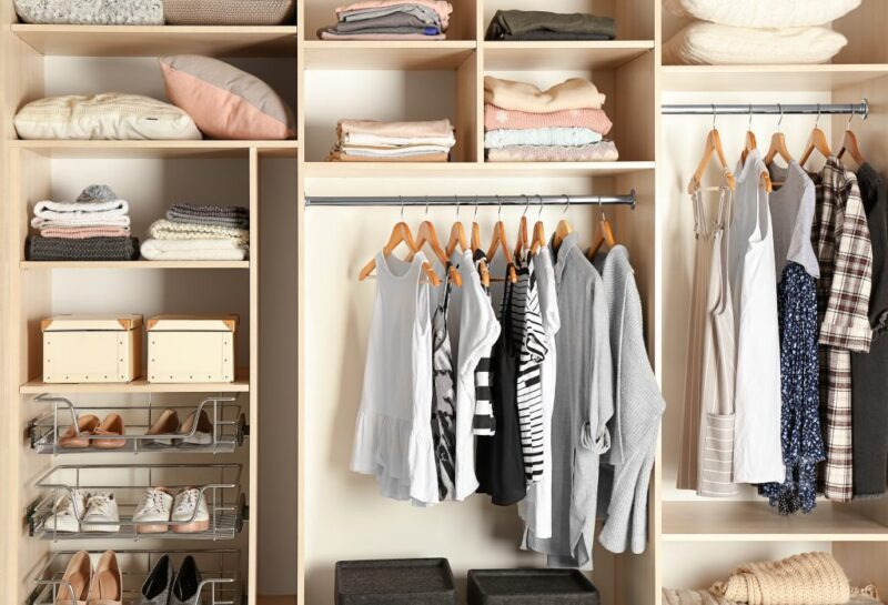 Effective tips to get rid of yellow stains on stored clothes