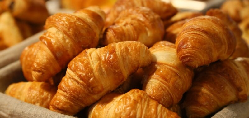 4 awesome ways to enjoy your French pastry