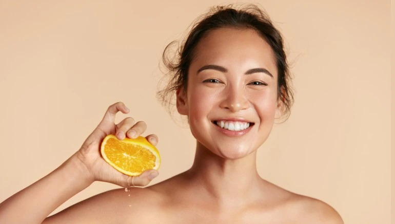 Perfect Duo: Everything You Need to Know about Combining Vitamin C with Hyaluronic Acid