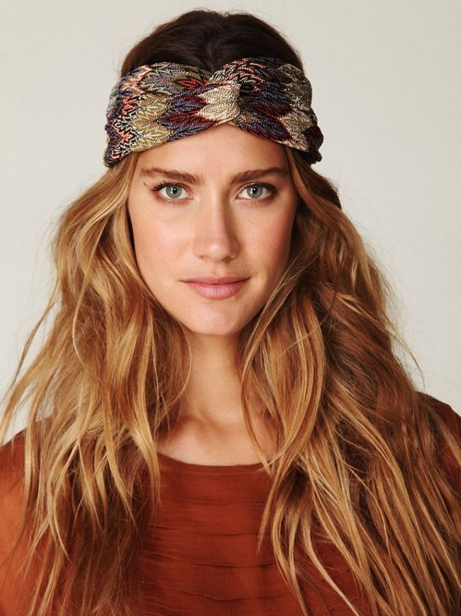 how to wear a headband with bangs