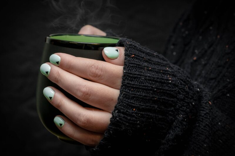 nail colours for olive skin