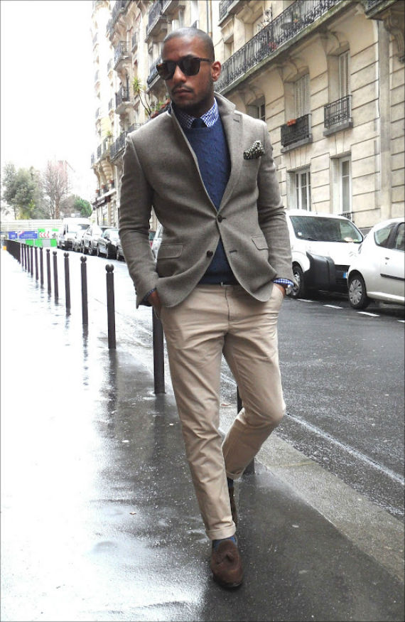 What to wear with a grey blazer male for a classic smart casual look