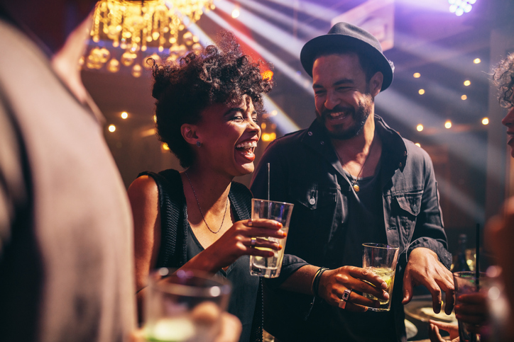 Top 5 Undeniable Signs a First Date Went Well